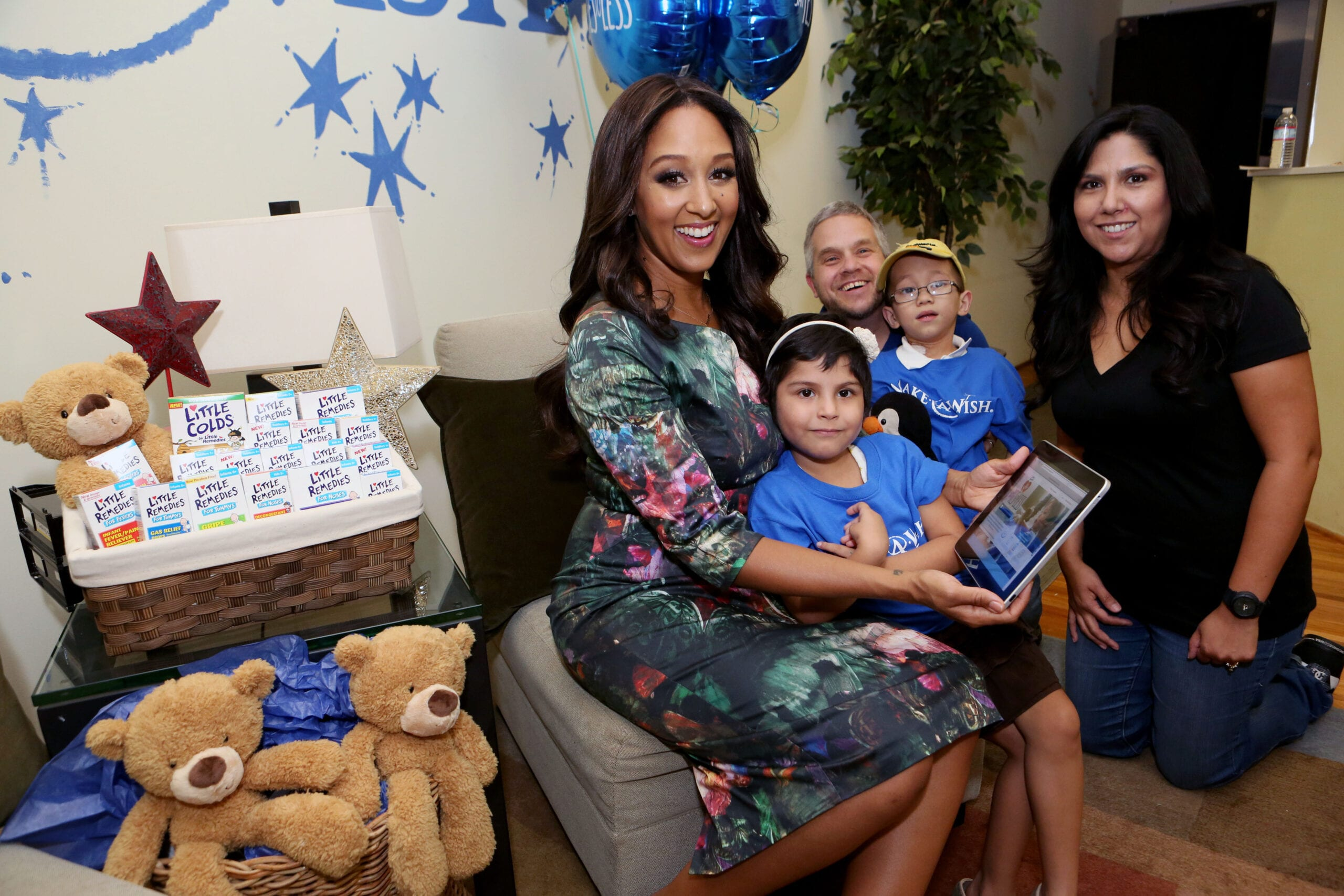 Tamera Mowry-Housley @TameraMowryTwo #Audio Interview w/ #247ModernMom @LittleRemedies @MakeAWish #SayYes2Less