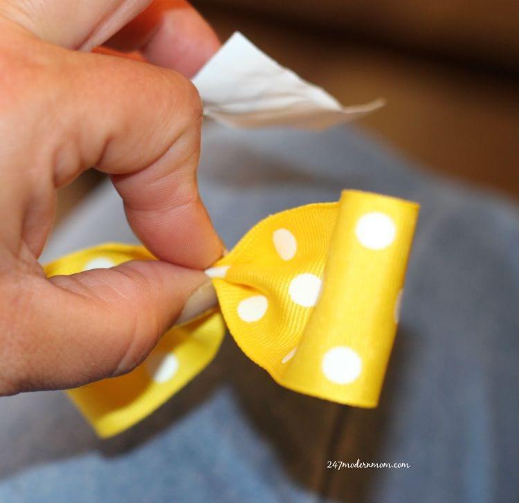 Snack_ribbon_fold_ad